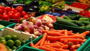 Carne, peşte, legume, fructe